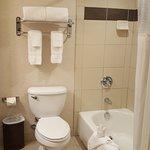 Foto de BEST WESTERN PLUS Marina Gateway Hotel