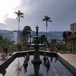 Vista de Medellín desde los jardines del castillo
