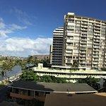 Waikiki Sand Villa Hotel Bild