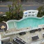 Foto de The Peninsula All-Suite Hotel