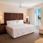 Photo de The Reach, A Waldorf Astoria Resort