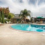 Foto de Days Inn & Suites Lodi