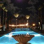 Foto de Kimpton Surfcomber Hotel