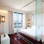 希爾頓佛羅倫斯都會酒店