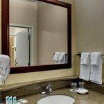Queen/Queen Suite Bathroom