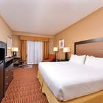 Photo of Holiday Inn Express Breezewood