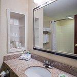 Photo of Holiday Inn Express & Suites Salamanca