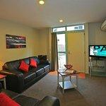 Photo de Asure Queenstown Gateway Apartments