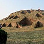Lakshindar Behular Basar Ghar, la structure principale avec des cellules monacales