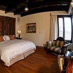 Pensativo House Hotel