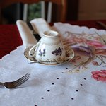 A place setting at Queen Charlotte Tea Room, Niagara Falls ON