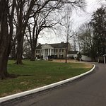 Walking up the driveway to Graceland