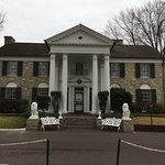The front of Graceland