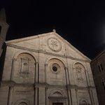 Piazza Pio II Foto