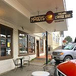 Moody's Organic Coffee Bar