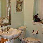 Pamplona Bathroom