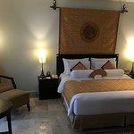 Photo de The Phoenix Hotel Yogyakarta - MGallery Collection