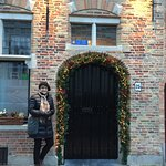 Front door of Huis Koning with Christmas decorations