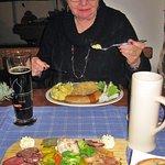 Schlesische Bratwurst und Abendbrotplatte