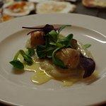 Duo de foie gras poêlée et St Jacques , mousseline de Topinanbours