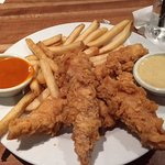 Chicken Tender Appetizer comes with fries