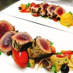 Tuna & roasted red pepper, medley cherry tomato, artichoke, shaved fennel