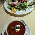 russian borscht; pomodori ripieni