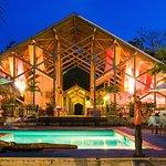 Ixora Restaurant & Bar