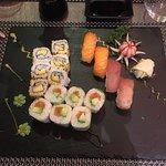 Yi Sushi Express