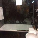 Nice and big bathtub