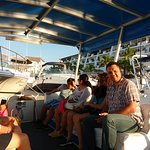 DE TOUR POR LOS CANALES PARA IR AL SANTUARIO DE IGUANAS