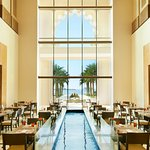 Flow Kitchen at Fairmont The Palm, Dubai