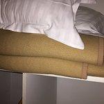 Des couvertures malodorantes et d'un autre âge