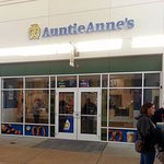 One of the two Auntie Anne's located in the Aurora Premium Outlet mall