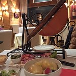 Jolie restaurant. Le service était long mais la nourriture très bonne !