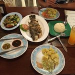 Special fish menu (fish of your choice) with two beer and salad buffet. The grilled fish was rea