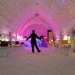 Ice Hotel - Restaurant & Lobby