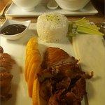nos plats principaux, poulet coco citronnelle et canard laqué