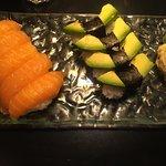 Foto de Zen Sushi & Tea