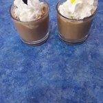 Café con nata (cortesía del camarero)