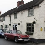 50 members of Stafford MG Enthusiasts Club visited the Dog & Partridge for their Sunday Lunch Ru