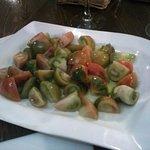 Ensalada de tomate raf.