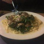 Linguini alfredo with mushrooms.