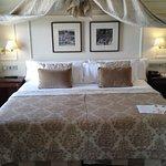 Hotel de Londres y de Inglaterra Photo