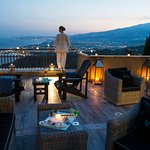 Terrace overlooking The sea and Mount Etna