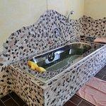 Badewanne für Solebäder (Wellnessbereich)