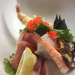 Chirashi bowl チラシ丼 Tuna,salmon,squid,shrimp,eel,etc