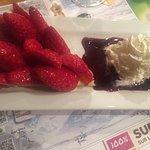 Tarte aux fraises et coulis maison