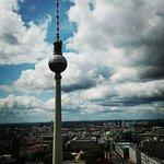 Photo de Park Inn by Radisson Berlin Alexanderplatz