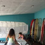 Foto de CHICABRAVA Surf Camp
